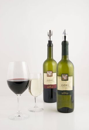 vinos italianos  Foto de archivo - 2297664