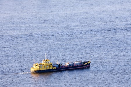 barge: cargo boat