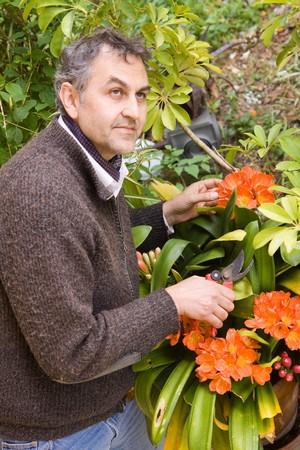 horticulturist: gardening
