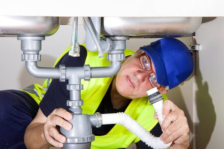 sink plumber photo
