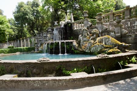 tuscia: villa lante