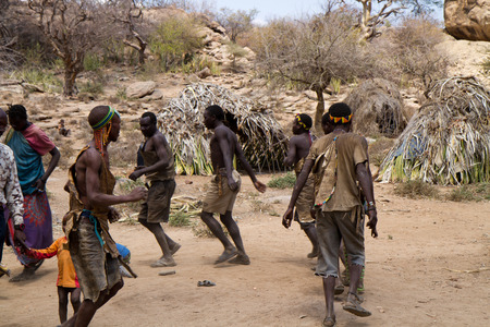hunter gatherer: hadzabe tribe, typical dancing, tanzania