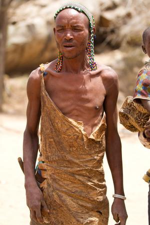 tribu: joven tribu Hadzabe