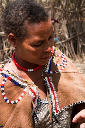 tribu: Datoga retrato de la mujer de la tribu