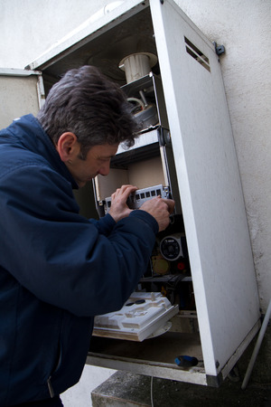 fitting gas boiler