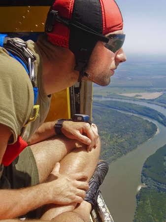 skydive: skydiver