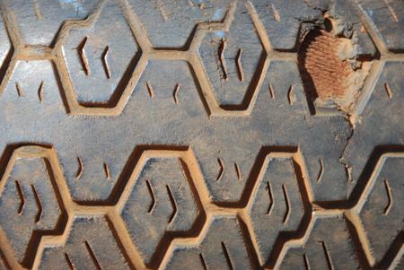 rodamiento: Los patrones de la banda de rodadura del neum�tico