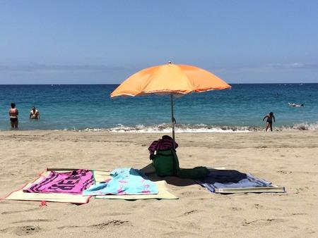 las vistas: Sun umbrella Playa las Vistas