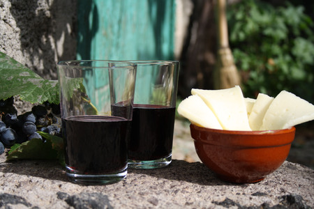canaries: Canarian wine and cheese