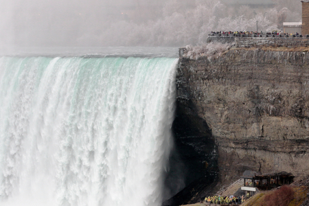 viewpoints: Beautiful picture with the Niagara Falls and viewpoints in winter Stock Photo