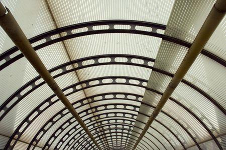tunel: umbrella roof