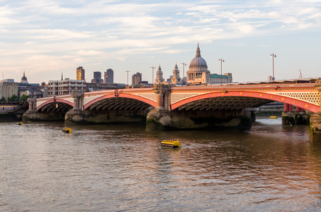 blackfriars bridge: River Thames in London, the view to the north shore and the Cathedral of St  Paul