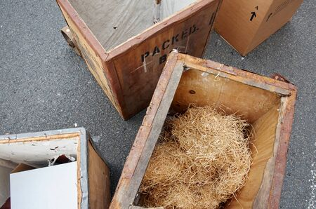 removals: Empty wooden bosex used to remove Stock Photo