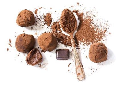 Chocoladetruffels met cacaopoeder Stockfoto