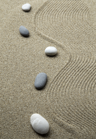 Jardin zen avec pierres