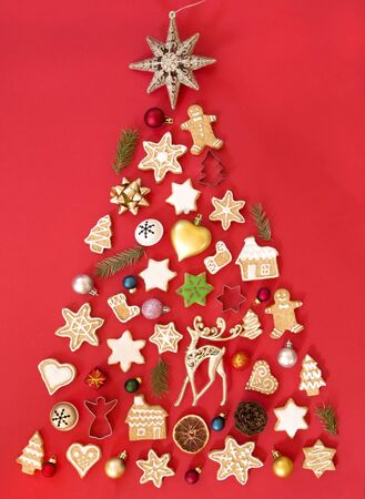 Christmas tree made of gingerbread cookies and ornaments 写真素材
