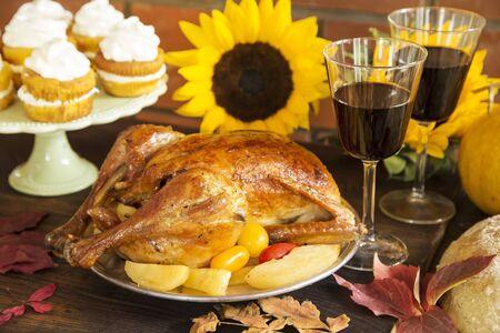 Thanksgiving dinner served on wooden rustic table Zdjęcie Seryjne