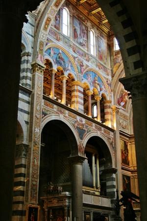 카톨릭 성당 피사 이탈리아 에디토리얼