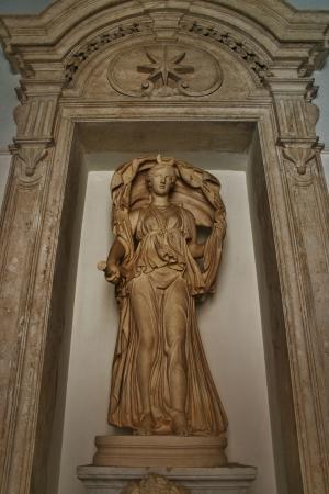アフロディーテ彫刻ローマ 報道画像
