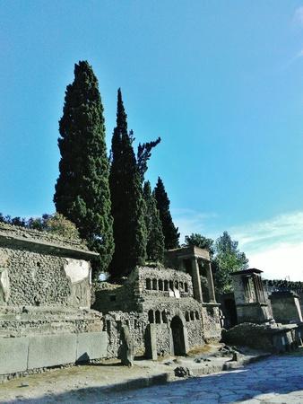 Pompeii ancient Roman ruins colorful