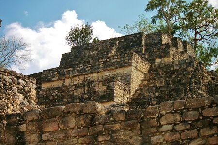 カラクムルのマヤ遺跡、ユカタン半島のジャングルで 写真素材