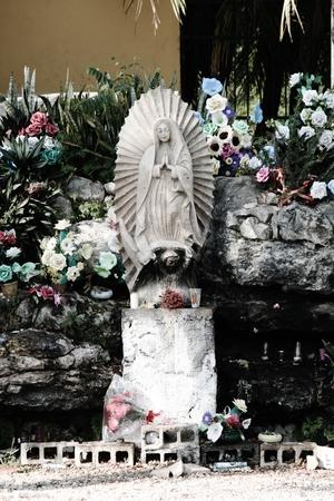 vierge marie: Vierge Marie stature Mexique Banque d'images