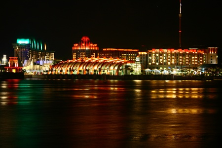 vivo: Sentosa Island Singapore, Night Sea
