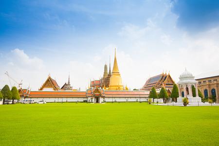 Royal grand palace in Bangkok city, Thailand photo