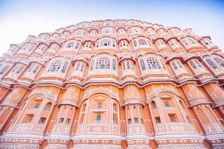 rikscha: Hawa Mahal or Place of winds or breeze. Jaipur city, Rajasthan, India