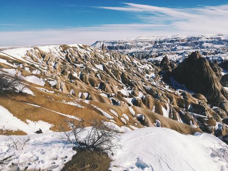 Breathtaking view of Valley in winter season, Cappadocia national park, Turkey Standard-Bild