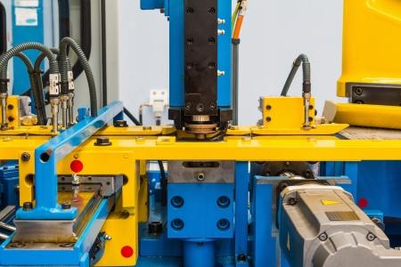 Hoogwaardige technologie perforeren machine voor metalen plaat
