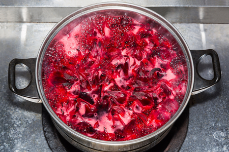 sepals: Homemade Roselle juice made by boiling the sepals and calyces of Rosella flowers Stock Photo
