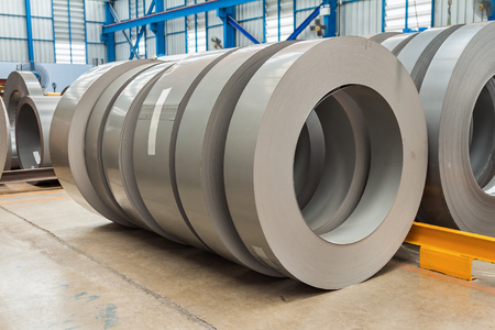 silicio: Steel (Silicon steel) rolls in storage area in the factory