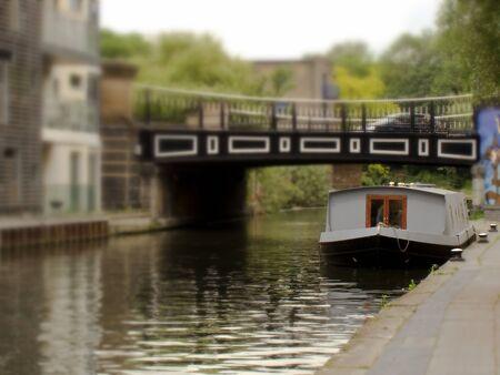 Huis boot in Camdon, Londen, die eruit als een miniatuur landschap (Tilt Shift ziet)