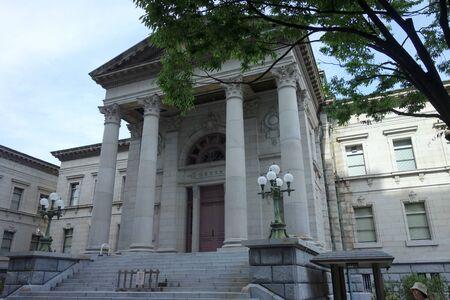 大阪府中之島図書館 報道画像