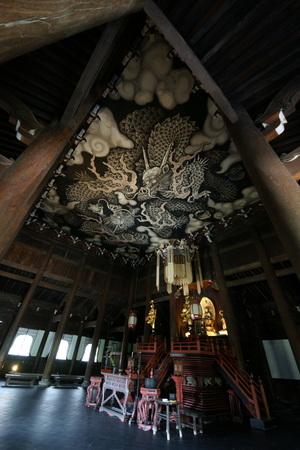 Kennin-ji Temple twin dragon figure Editöryel