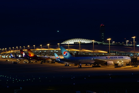 Kansai International Airport Night View 写真素材 - 135669169
