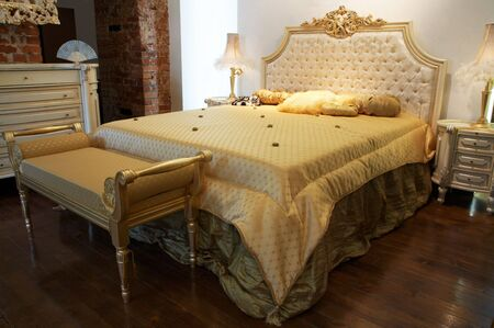 Beautiful and wide bed in a modern bedroom Stock Photo - 1327085