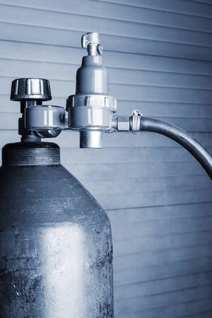 cilindro de gas: cilindro de gas azul de cerca