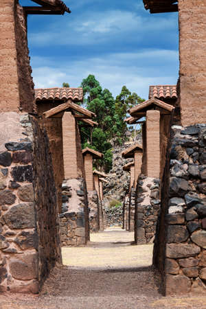 adobe wall: wall temple of Wiracocha, Raqchi, Peru Stock Photo