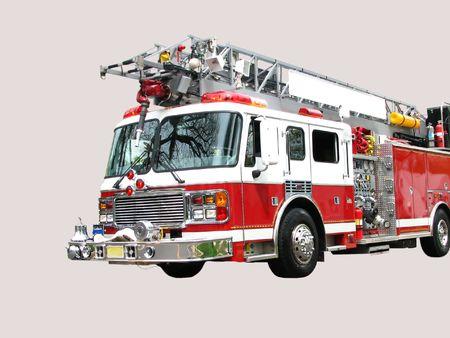 carro bomberos: Frente 3  4 vista de rojo y blanco cami�n de bomberos con gancho y escalera aislados sobre fondo gris claro. En blanco el espacio para texto en la escala utilizada para la ciudad en nombre de la foto original. Foto de archivo