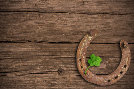 fourleaved: Blackboard with four-leaved clover and a horse shoe