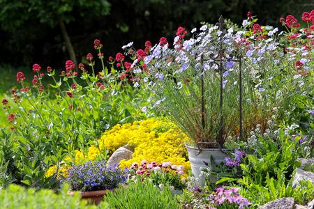 paysagiste: Paysage jardinage, jardinage Banque d'images
