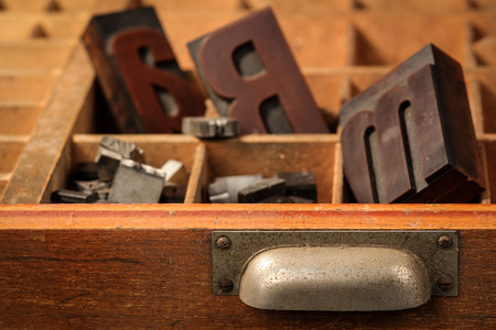 Letter case with old wood types Stockfoto