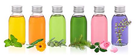 Verschiedene Öle für Wellness