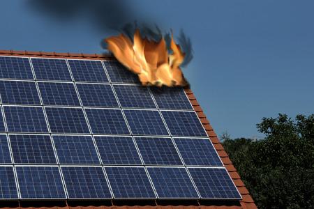 Solar- und Photovoltaik, Versicherung Standard-Bild