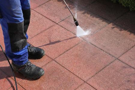 lavar: Limpiador de alta presión, terraza Foto de archivo