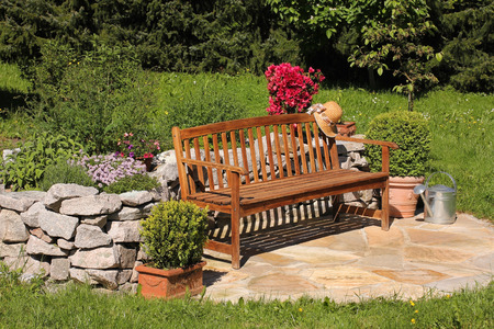 garden bench: Place with wooden bench seat