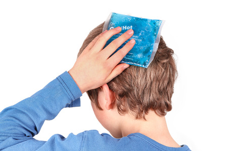 head injury: Cooling with ice pack
