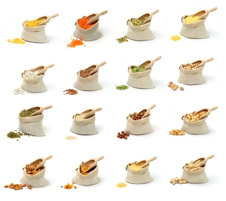 lentejas: Conjunto de cuadros en los cereales y los frutos secos en sacos en el fondo blanco. Foto de archivo